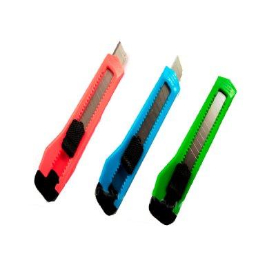 "Нож канцелярский  9 мм ""Neo Line"" 6300"